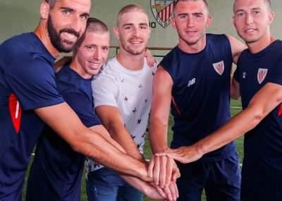 Jugadores del Athletic de Bilbao se rapan por un compañero con cáncer