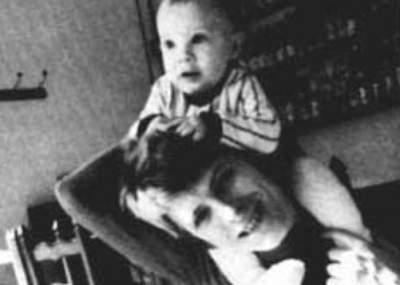 Resultado de imagen de foto del hijo de david Bowie para despedirlo